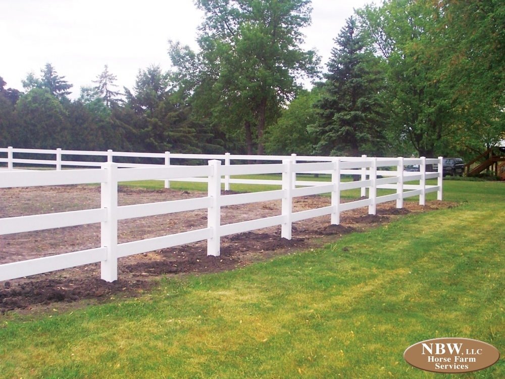 Vinyl ranch rail fence u2013 horse farm services