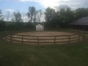 how to build a round pen out of wood